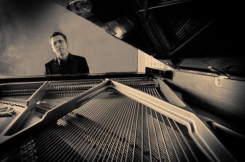 Il pianista Giuseppe Andaloro